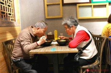 罗罐中米粉加盟品牌成为了餐饮行业的榜样