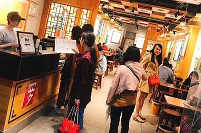 加盟罗罐中开米粉店 该如何分析客户需求